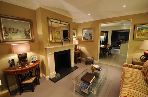 The sitting room at BnB Fulham